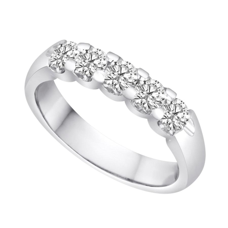 View Shared Prong Diamond 5 Stone Band